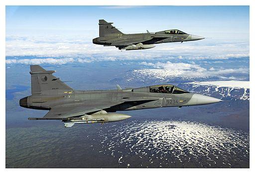 Czech Gripens over the Iceland (20006478340)