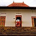 Dambulla Temple.jpg