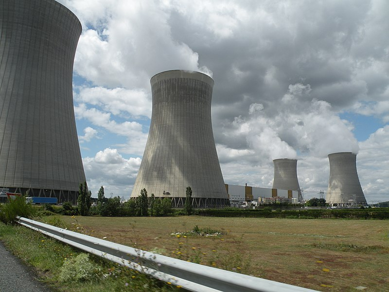 Nuclear power plant of Dampierre-en-Burly.