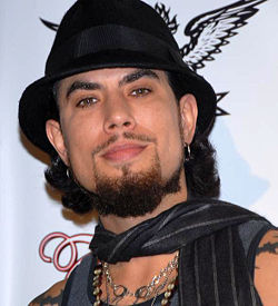 Dave Navarro adjusted.jpg