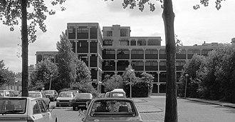 Herman Hertzberger - Image: De Drie Hoven 1974 Hertzberger (1)