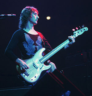 Denny Laine - Denny Laine on stage with Wings in 1976