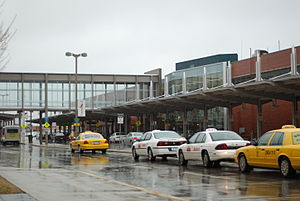Des Moines International Airport - Image: Des Moines International Airport