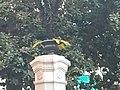 Detalles de la entrada del palacio de los patos.jpg