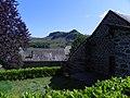 Dienne , Marquée par le volcanisme, au pied du Puy-Mary et au cœur du parc des volcans d'Auvergne, dans le département du Cantal. - panoramio.jpg