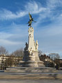 Dijon place de la Republique statue Sadi Carnot 02.jpg