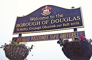 Bilingual welcome road sign in Douglas, Isle o...