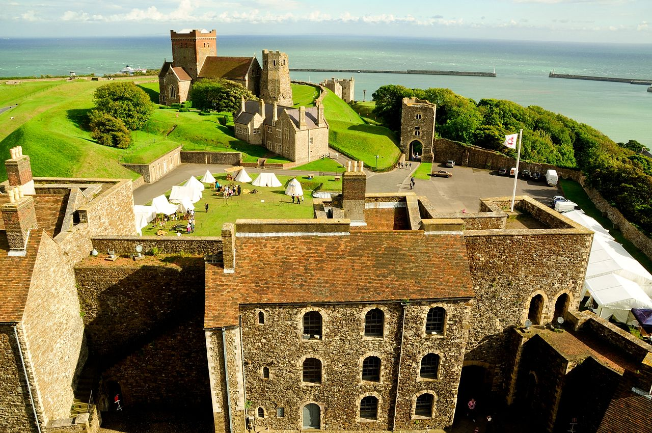 File:Dover Castle, England.jpg - Wikimedia Commons