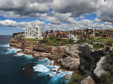 Diamond Bay from Vaucluse Dover Heights, New South Wales 1.6.jpg