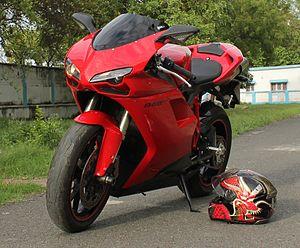 Ducati 848 - Ducati 848 EVO