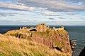 Dunnottar Castle (38584882112).jpg