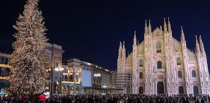 Ficheiro:Duomo Milano Natale.jpeg