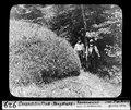 ETH-BIB-Gwandelenfluh-Bergsturz, Rasenwulst mit zwei Männern-Dia 247-00929.tif
