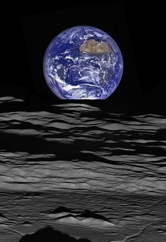 Extraterrestrial skies - Earth from the Moon (October 12, 2015)