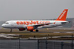 EasyJet, G-EZWC, Airbus A320-214 (16685251482).jpg