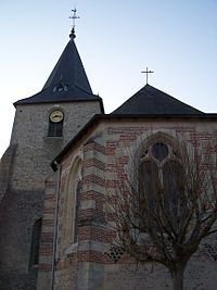 Eglise de Nouzilly (Indre-et-Loire).jpg