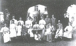 Empress Zita with her parents and siblings.jpg
