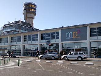 Marseille Provence Airport - Image: Entrée aeroport Marseille