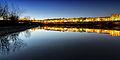 Escena nocturna del Río Guadalquivir a su paso por Córdoba.jpg