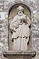 Escultura de San Pedro no exterior de San Pedro de Berdoias. Galiza 01.jpg
