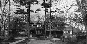 Evelyn College for Women - The Pines, at 7-8 Evelyn Place during its time as home to the college
