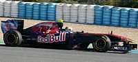F1 2011 Test Jerez 10 (cropped).jpg