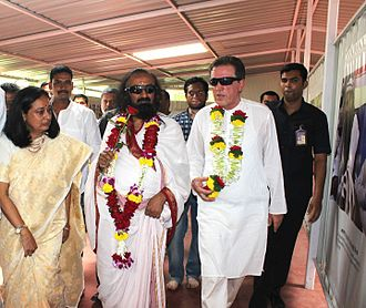 Chhatrapati Shivaji Maharaj Museum of Indian History - Sri Sri Ravishankar with Francois Gautier at the inauguration of Museum