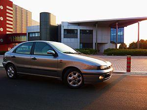 Fiat Brava 1.6 ELX side.JPG
