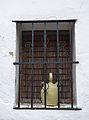 Finestra i botija a Castell de Castells.JPG