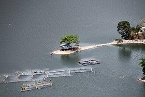 Ambuklao Dam - Ambuklao reservoir
