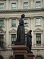 Florence Nightingale statue at Waterloo Place.jpg