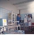 Fotothek df n-22 0000544 Medizinische Versorgung, Lungenuntersuchung.jpg