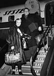 Frankie Lane, crooner and wife Nan Grey, actress USA at Kastrup Airport CPH, Copenhagen.jpg