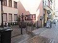 Frau Rauscher-Brunnen, 1, Sachsenhausen Nord, Frankfurt am Main.jpg
