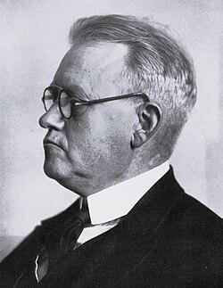 Fritz-hoeger-in-menschen-der-zeit-s103.jpg