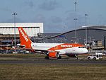 G-EZDE Airbus A319-111 Easyjet (28960576593).jpg