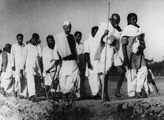 Noakhali riots - Gandhi in Noakhali, 1946