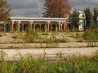 Geauga Lake - What was left of the Geauga Lake entrance as pictured in 2011