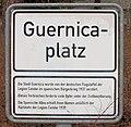 Gedenktafel Guernicaplatz (Schlachtensee) Legion Condor 2.jpg