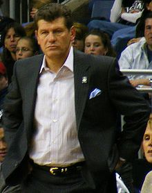 Geno Auriemman coach des Huskies du Connecticut.