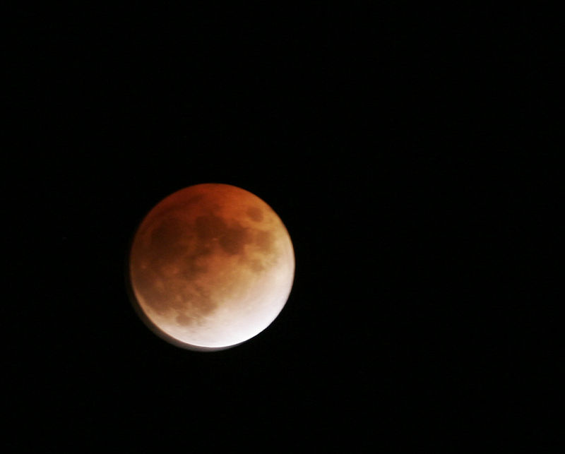 Giftedtypist - red moon (by).jpg