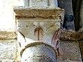 Gournay-en-Bray (76), collégiale St-Hildevert, chapelle du croisillon sud, chapiteau de l'arcade, côté nord.jpg