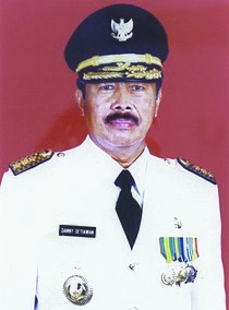 Governor of West Java Danny Setiawan.jpg