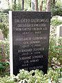 Grab Otto Ostrowski, Friedhof Wilmersdorf.jpg