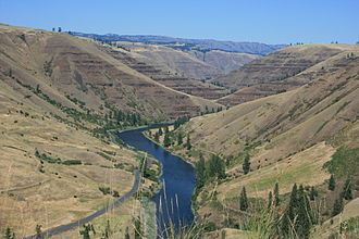 Union County, Oregon - Basalt outcroppings along the Grande Ronde River (August 2011).