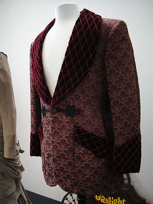 Smoking jacket - Burgundy smoking jacket from the 1944 film Gaslight