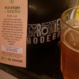 Growler da cervejaria Bodebrown.
