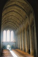 GuildfordCathedral-Nave-01.jpg