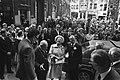 HM en Prins Bernhard wonen bijeenkomst bij van de Illustre Lieve Vrouwe Broeder, Bestanddeelnr 928-5967.jpg