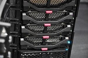 HP MediaSmart Server - HP MediaSmart Server EX490 hard disk bay